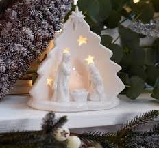 nativity scene sets traditional wooden nativity figures