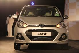 hyundai compact cars hyundai grand i10 wins 2014 indian car of the year award