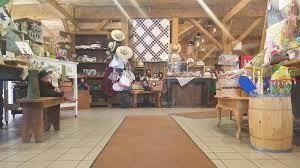 montgomery mall thanksgiving hours gasthof amish village