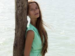crops for thin frizzy hair 10 reasons your hair thins fine hair hair the beauty authority