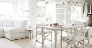 rachel ashwell simply shabby chic rachel ashwell details the flowering of shabby chic style in new