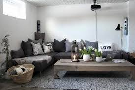 what color sofa goes with gray walls charcoal couch gray walls decorating help