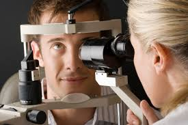 Job Description Of An Optician Resident Doctors Salary For Eye Doctors Career Trend