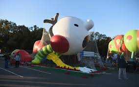who works on thanksgiving day sneak peek see the new macy u0027s thanksgiving day parade balloons
