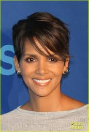 halle berry presents u0027extant u0027 at cbs upfront watch the trailer