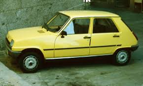 renault hatchback from the 1980s side view renault 5 renault 5 pinterest cars