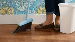 how to wax hardwood floors