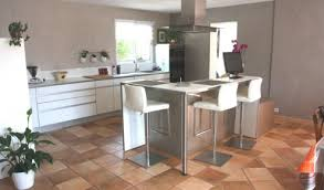 cuisine mur taupe cuisine blanche et taupe rutistica home solutions