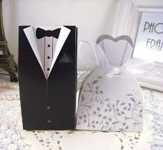 wedding favor boxes wholesale new and groom candy boxes wedding favors with flower pattern