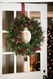 faux pine pre lit outdoor christmas wreath gardeners com