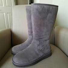 ugg womens karyn boot ugg alber ugg boot for from roberta s closet on poshmark