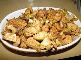 cuisiner le chou chinois recette de chou chinois sauté aux crevettes et poulet au gingembre