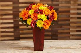 3 vases centerpieces 3 creative ways to arrange your bouquet proflowers blog