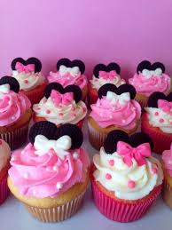 minnie mouse cupcakes ce7b26cbf9ca7d4f42866fbf4f307cb8 jpg 736 981 cake mix bakery