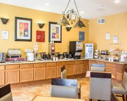 Hotels Near Fiesta Texas Six Flags San Antonio San Antonio Vacation Packages Featuring Hotels Riverwalk San