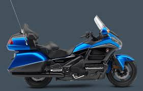 2017 honda gold wing buyer u0027s guide specs u0026 price