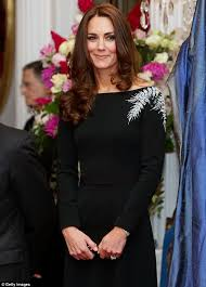 kate middleton dazzles on her first night out down under in jenny