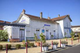 chambre d hote latresne ancienne gare de latresne à latresne patrimoine culturel gironde
