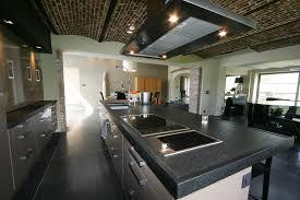 grande cuisine avec ilot central cuisine contemporaine avec grand ilot de fonction greenwich