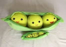 3 peas in a pod disney store 19 plush 3 peas in a pod large story plush set