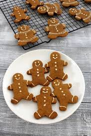 best 25 gingerbread cookie recipe ideas on best