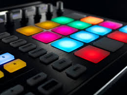 black friday native instruments traktor amazon native instruments maschine mk2 gear review earmilk