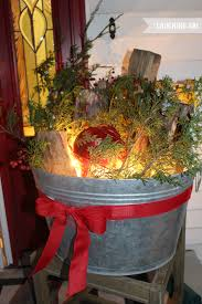 Easy Decoration For Christmas by 12 Days Of Easy Christmas Decorating More Christmas Porch