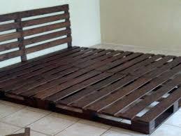chambre pour chien palette lit 34 idaces de lit en palette bois a faire pour la