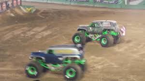 grave digger 30th anniversary monster truck grave digger 35th anniversary encore celebration monster jam