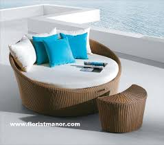Stunning Rattan Daybed Garden Furniture Photos Home Design Ideas - Round outdoor sofa