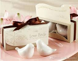theme wedding favors canada 2 creative lovebirds salt and pepper shaker wedding favors gifts set