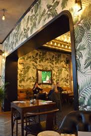 Restaurant Esszimmer In Der Bmw Welt 63 Besten Café Interiors Creme Guides Bilder Auf Pinterest