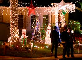 Christmas Lights In Torrance Lights And Traffic Sleepy Hollow Ritual Shows No Sign Of Dimming