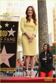 julianne moore hollywood walk of fame ceremony photo 2965320