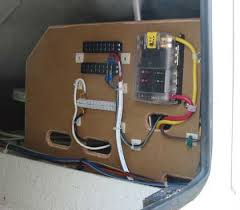 dc helm wiring on a pleasure boat for high power use