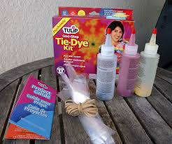tie dye tutorial 6 tie dye shirts to make with kids this summer