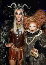 city fox halloween 2015 heidi klum wins halloween again as stunning old woman today com