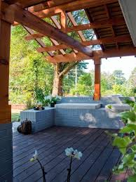 Easy Diy Pergola by 19 Easy Ways To Create Shade For Your Deck Or Patio Diy Network