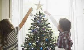 when should you put up a tree why do we decorate trees
