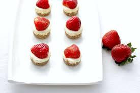 mini strawberry cheesecake with walnut crust u2014 soni u0027s food