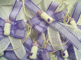 corsage para invitadas baby shower con el tema milkaholic mi