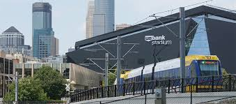 hotels near light rail minneapolis u s bank stadium metro transit