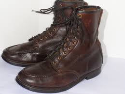 brown motorcycle boots for men 1950s 1960s lace up work boots classic vintage apparel