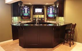 Wet Bar In Dining Room The Must Have U0027s For The Wet Bar In Your Home Bestdecantersets Com