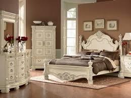 Best Antique Bedrooms Images On Pinterest Antique Bedrooms - Antique bedroom design