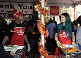 feed the homeless on thanksgiving kylie jenner u0026 rumoured boo tyga volunteer to feed the homeless