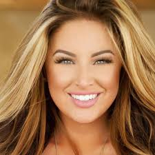 Kristen Ledlow Nude - top 10 bahama mamam posts on facebook
