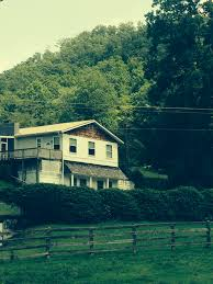 mil apartment farm home 3964 sf 3 2 w 2 1 apartment mil suite on 2 94 ac barn