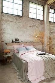 chambre industrielle chambre style industriel en 36 idées de chic brut authentique