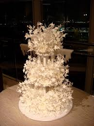 wedding cakes amazing wedding cakes chandelier cake the top